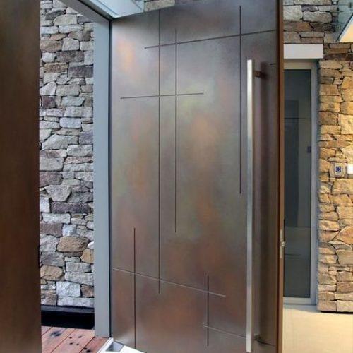 oversized-pivot-door-architectural-design-multi-point